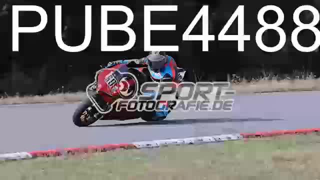 PUBE4488_1  00:08