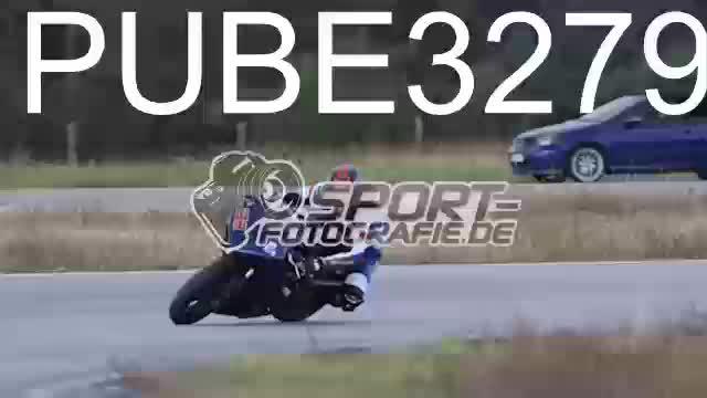 PUBE3279_1  00:08