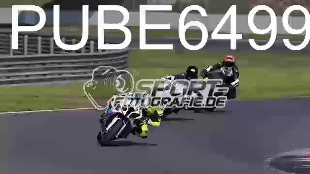 PUBE6499_1  00:05