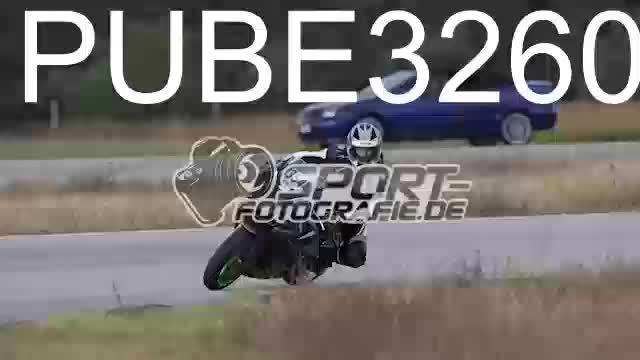 PUBE3260_1  00:11