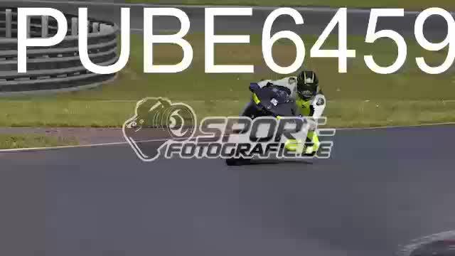 PUBE6459_1  00:06
