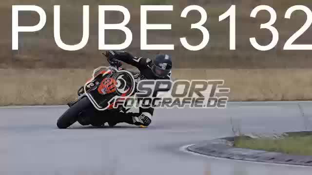 PUBE3132_1  00:04
