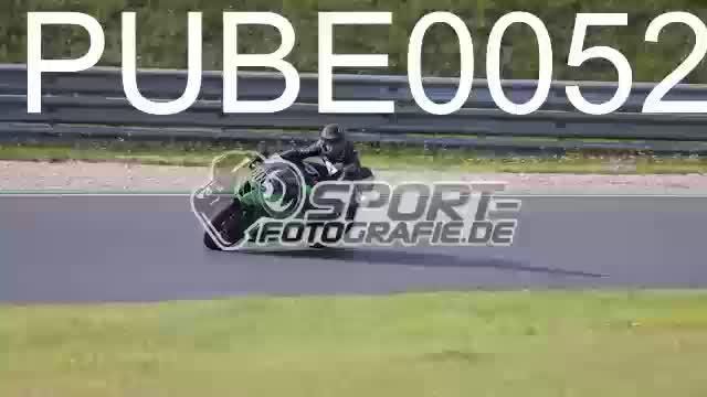 PUBE0052_1  00:12