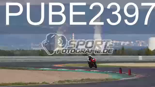 PUBE2397_1  00:09