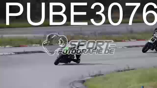 PUBE3076_1  00:11