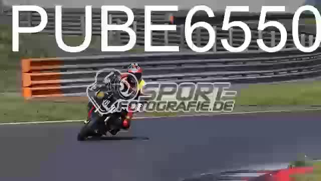 PUBE6550_1  00:06
