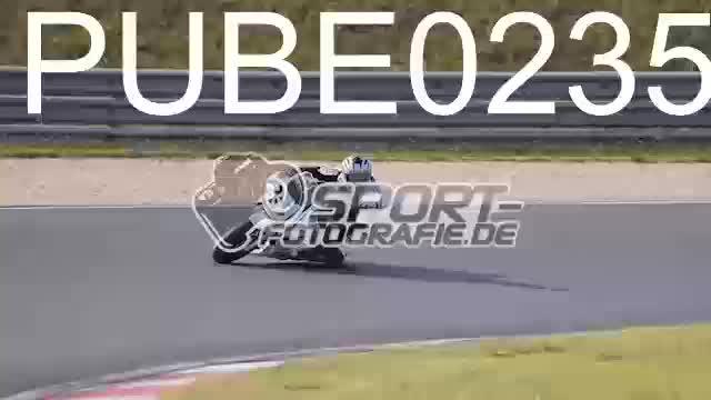 PUBE0235_1  00:09