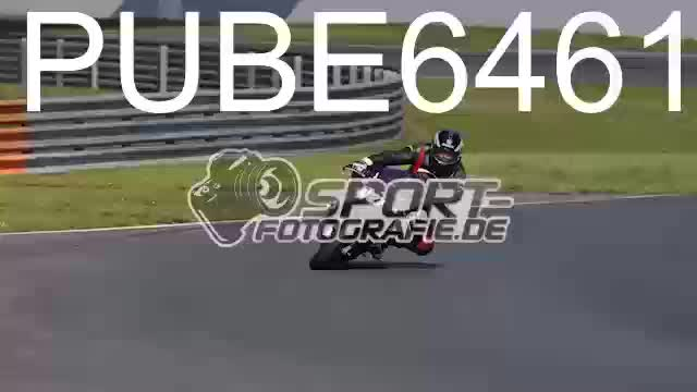 PUBE6461_1  00:05