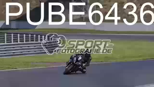 PUBE6436_1  00:06