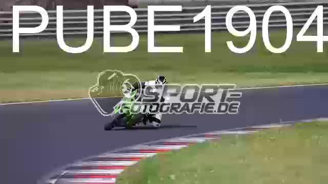 PUBE1904_1  00:09