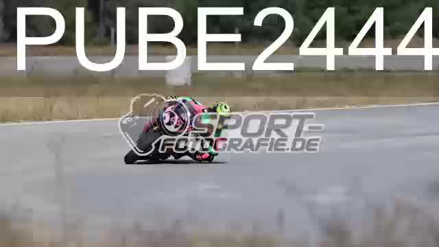PUBE2444_1  00:04