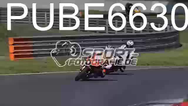 PUBE6630_1  00:05