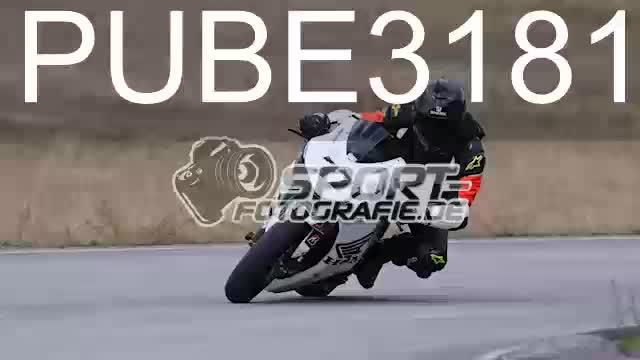 PUBE3181_1  00:05