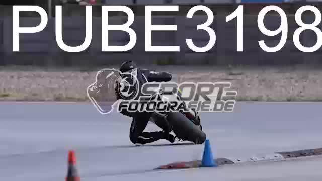 PUBE3198_1  00:06