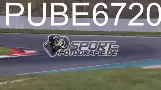 PUBE6720_1  00:15