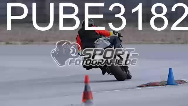 PUBE3182_1  00:10