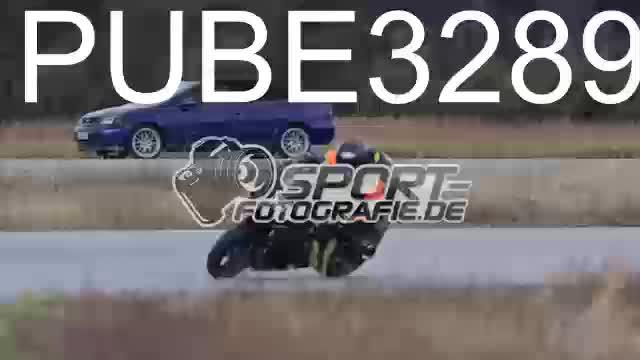 PUBE3289_1  00:11