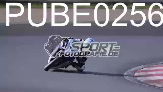 PUBE0256_1  00:05