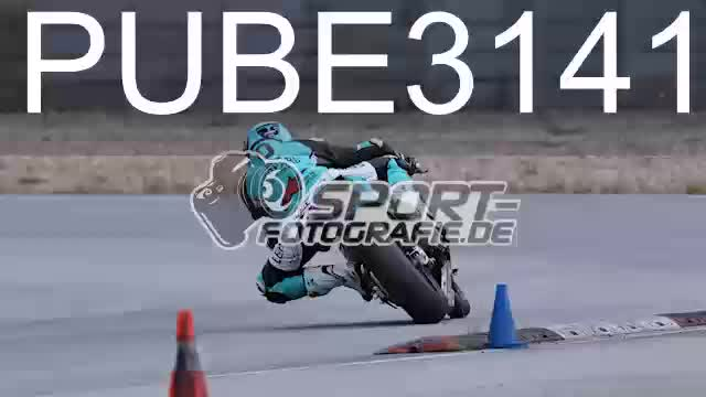 PUBE3141_1  00:10