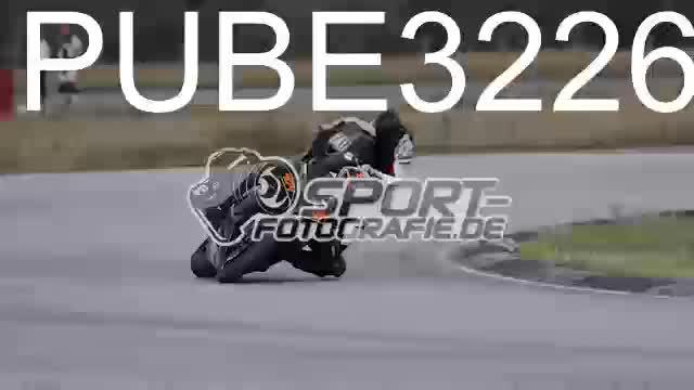 PUBE3226_1  00:13